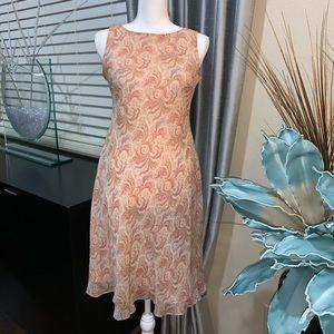 Ann Tyalor petite 100% silk dress